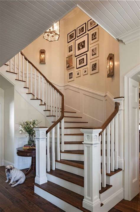 Staircase Wall Decorating Ideas Stair Wall Decorating Ideas Pictures To Pin On Pinsdaddy