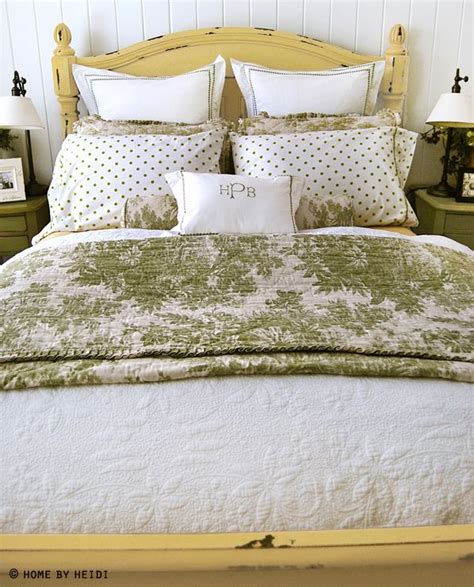 sage green yellow gorgeous and elegant would make a 1000 images about yellow green bedroom on pinterest