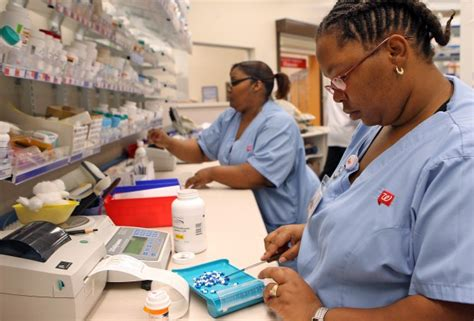 Walgreen Pharmacy Tech express scripts walgreens form new alliance business stltoday