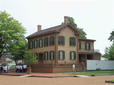 the neighborhood picture of lincoln home national