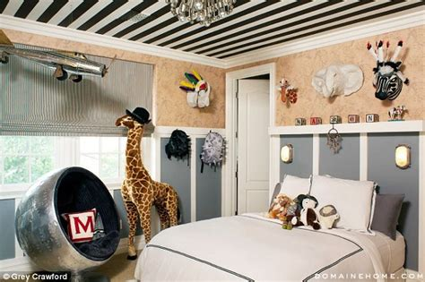 kourtney kardashian bedroom kourtney kardashian sells her alice in wonderland meets