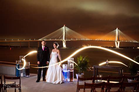 rich bell photography south carolina aquarium wedding