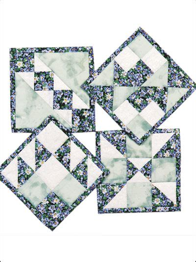 free pattern quilted coasters triangles squares quilted coasters pattern