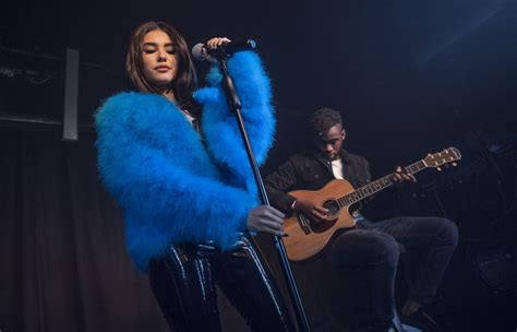 madison beer uk madison beer performs at the hoxton square bar kitchen