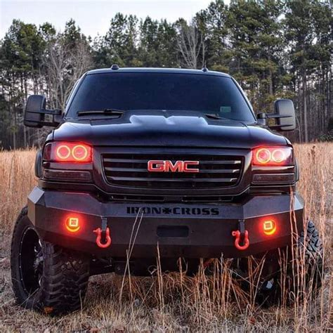 gmc and chevy trucks best 25 chevy trucks ideas on lifted chevy