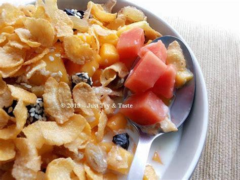 semangkuk sereal  buah  mudah menikmati sarapan