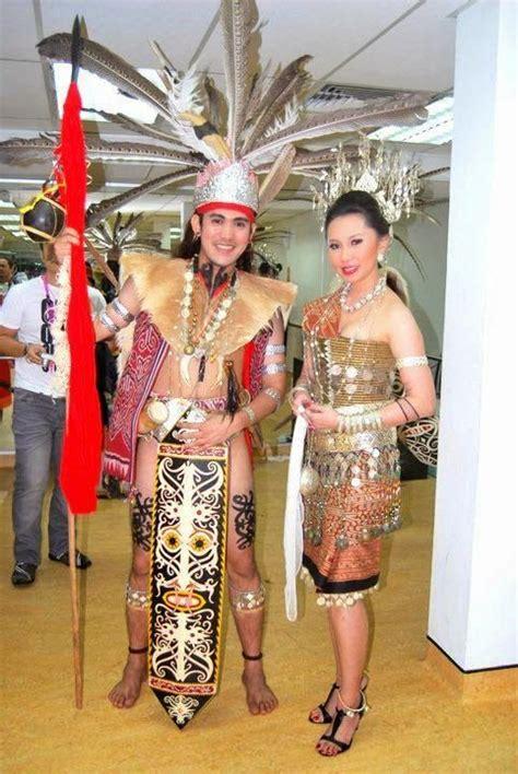 tato etnik dayak gambar unit promosi inovasi media pakaian tradisional