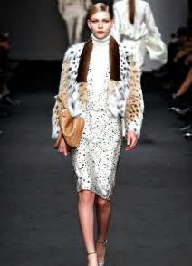 Women fur coats 2017 dress trends
