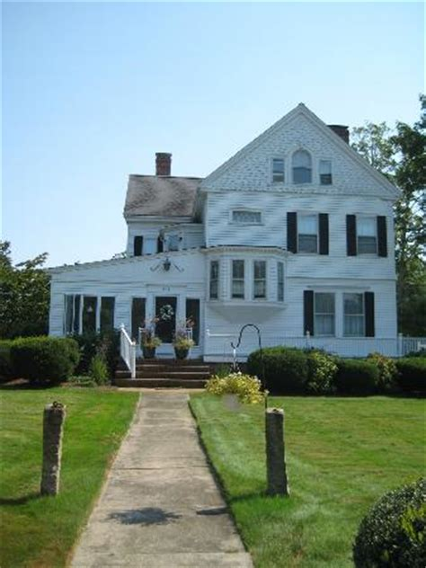 manor cape cod 301 moved permanently