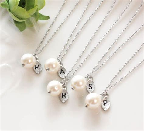 bridesmaid gifts set of 3 4 5 leaf initial pearl pendant