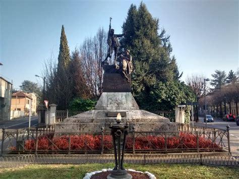 mariano comense monumento ai caduti di mariano comense pietre della memoria