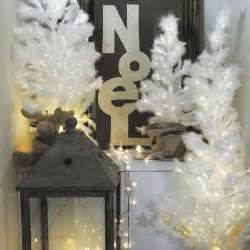 25 black christmas ideas for romantic winter holiday decor