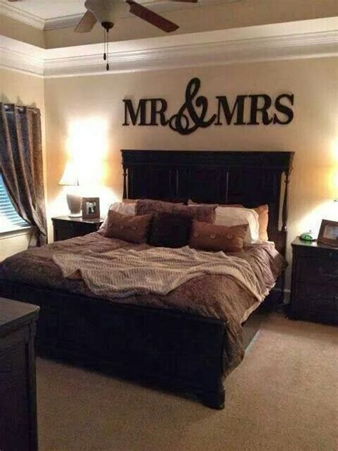 bedroom married couple love inspired decorating ideas