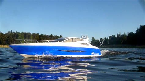boat r videos rc boat princess rc yacht video youtube