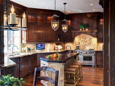 traditional kitchen  rich brown cabinets  beige