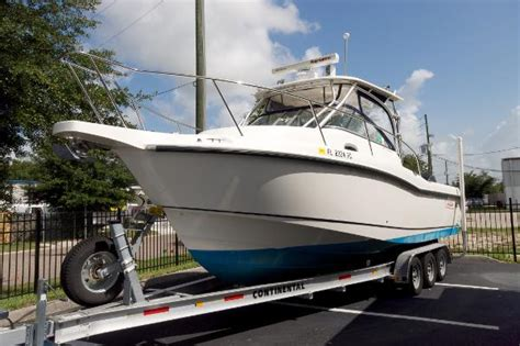 boat brands similar to boston whaler 2007 28 boston whaler 285 conquest br5076 the hull