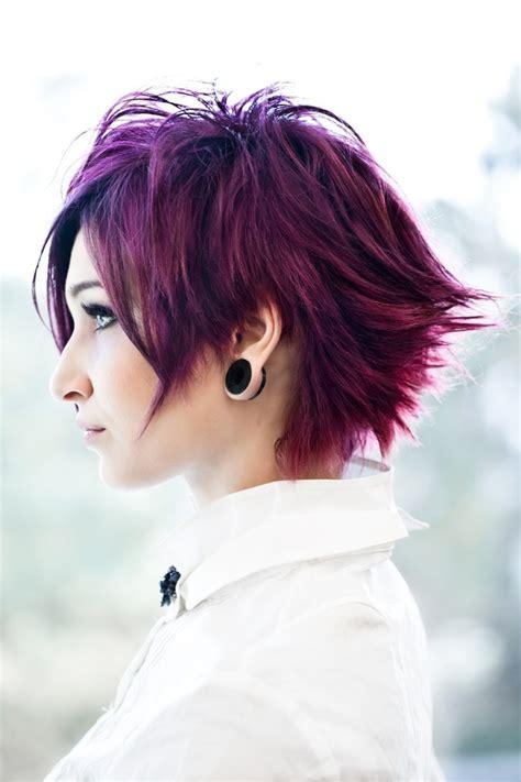 short emo hairstyles pinterest coloured short choppy emo punk goth indie hairstyle