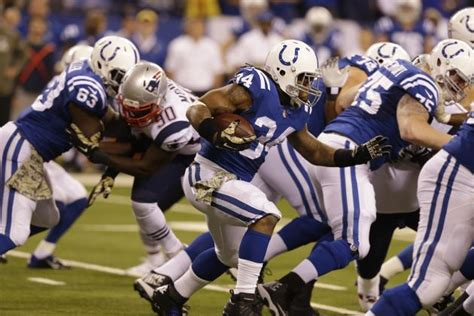 why is trent richardson benched why trent richardson is a must start for week 12 fantasy football action bleacher report