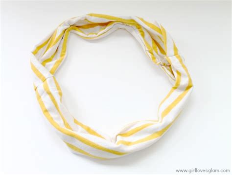 upcycled infinity scarf from t shirt tauni co