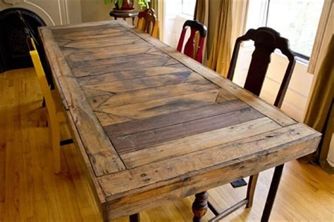 Pallet Wood Dining Table 58 Diy Pallet Dining Tables Diy To Make