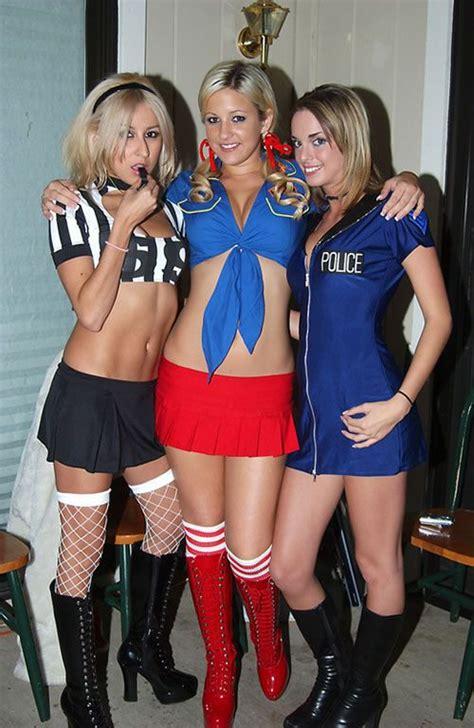 sexy halloween girls   costumes