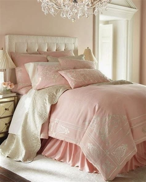 bedroom in pink 25 best ideas about pink bedrooms on pinterest pink