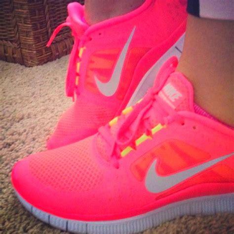 nike shoes nike shoes neon pink