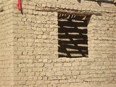 what is an adobe house file milyanfan adobe brick house 8039 jpg wikipedia