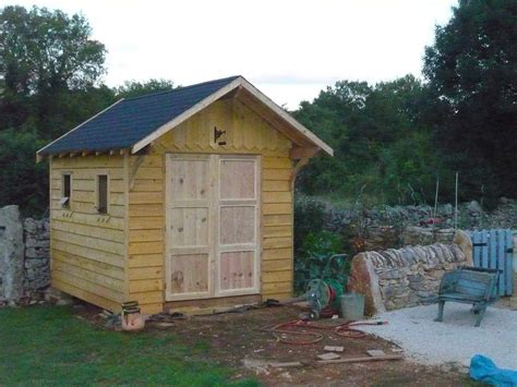 cabane de jardin en bois abri de jardin en bois cabane de jardin la construction 233 pisode7 de travaux et de