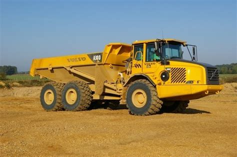 location tombereau articul 233 volvo a 30