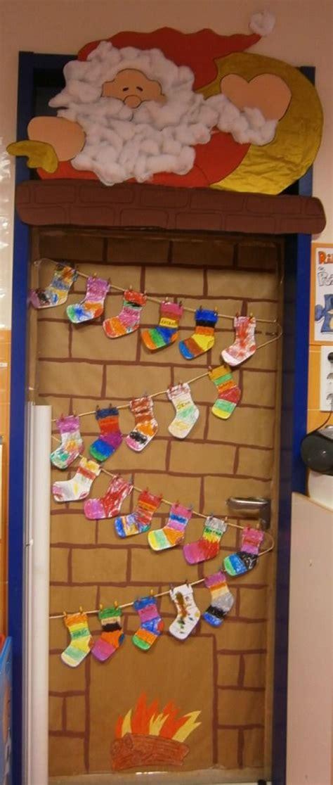 best christmas door covers 355 best door covers images on door ideas and