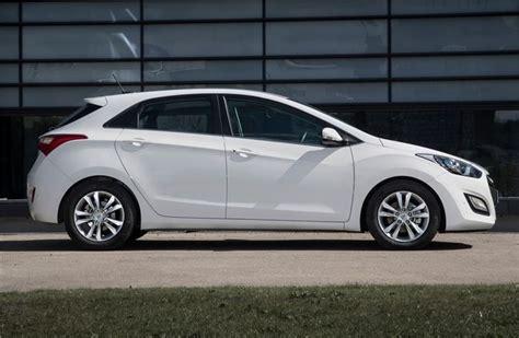 i30 hyundai 2012 hyundai i30 2012 car review honest