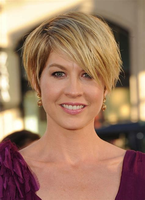 women hair cuts short growing bangs out 5 popular short choppy hairstyles for women hairstyles