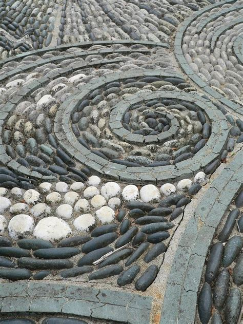 Pebble Mosaic Patio 29 Garden Pathway Pebble Mosaic Ideas For Your Home