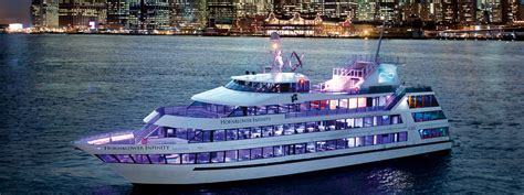 dinner boat cruise new york city new york harbor dining cruises hornblower cruises nyc