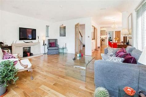 Zoella House by Zoella Buys 163 1m Five Bedroom Mansion In