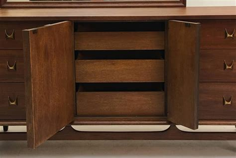 broyhill fontana triple dresser with mirror triple dresser and mirror by broyhill brasilia premier at