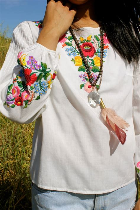 embroidery clothes hungarian vintage embroidered peasant blouse