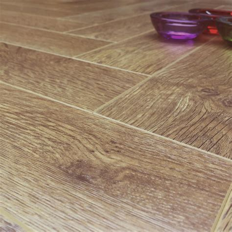 herringbone laminate wood floor