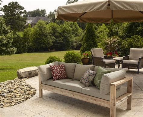 Diy Sofa Plans by 5 Diy Outdoor Sofas To Build For Your Deck Or Patio The