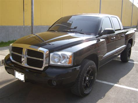 how to learn about cars 2006 dodge dakota club navigation system 2006 dodge dakota information and photos momentcar