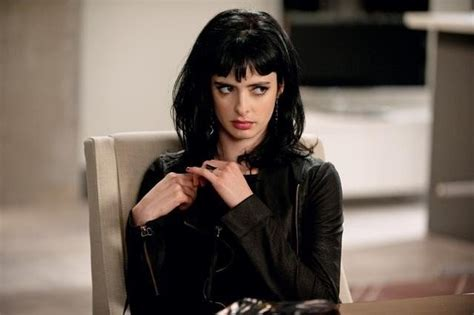 the b in appartment 23 krysten ritter chloe rebel wilson fat amy vivian stix