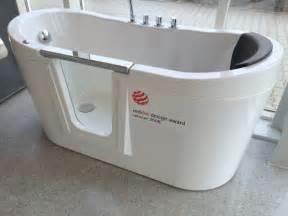 saniku badewanne saniku wellness acryl oval badewanne freistehend 160x75cm