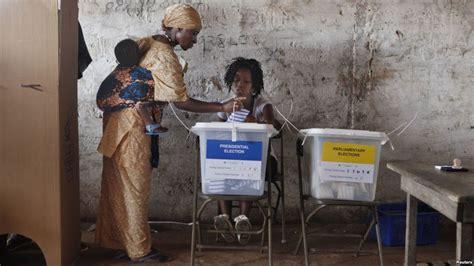 una poltrona per tre elezioni presidenziali una poltrona per