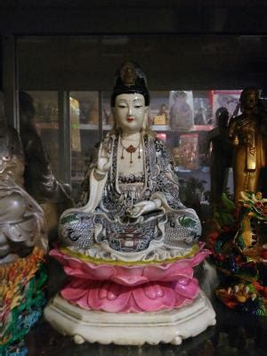 Lilin Jelly Sembhayang Dewa Budha Kwan Im 60jam jual patung dewi kwan im keramik 1 dhammamanggala