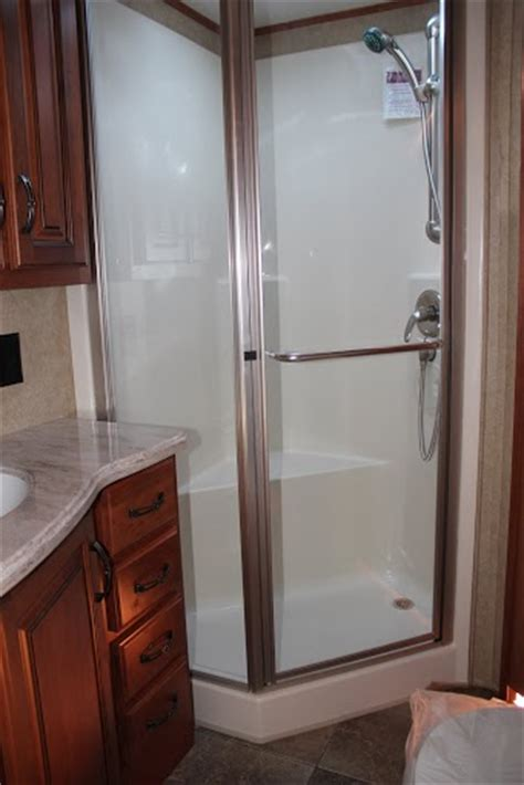 Motorhome Shower Unit by 25 Creative Cer Trailer Shower Fakrub