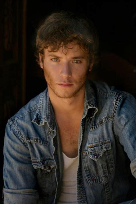 peter pan real actor bombn cosmo jeremy sumpter cosmo tv