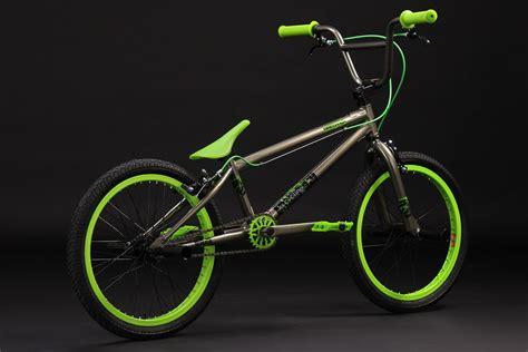 Bmx Freestyle freestyle bmx bike quot twentyinch quot grey neon 360 176 rotor 4