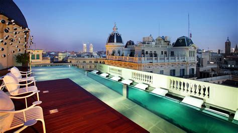 what should a five star hotel have to offer ground report 10 best luxury hotels in barcelona 4 5 star an