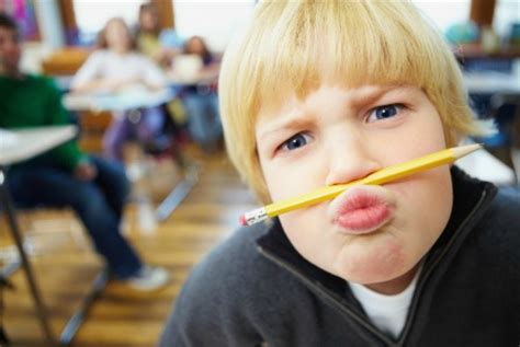 7 Annoying In Your College Classroom by Help My Kid Is Annoying